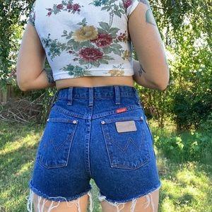 Vintage 90s Wrangler high waisted cutoff shorts